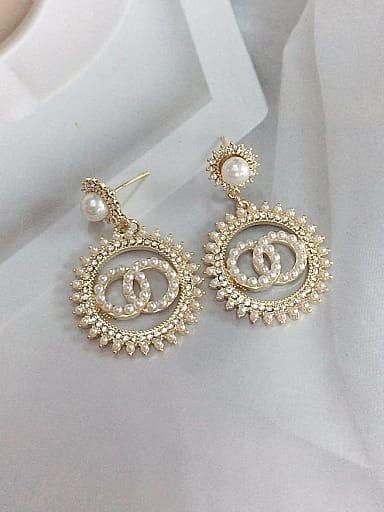 Zinc Alloy Imitation Pearl Irregular Trend Drop Earring