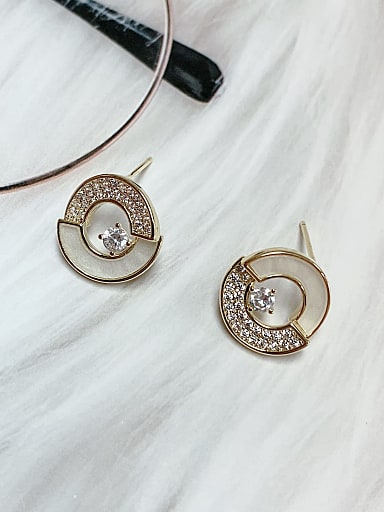 Brass Shell Round Trend Stud Earring