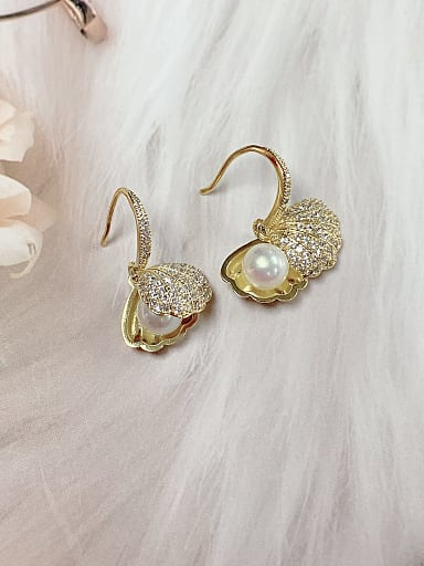 Brass Imitation Pearl Cloud Trend Hook Earring