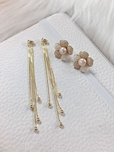Brass Cubic Zirconia Flower Trend Threader Earring