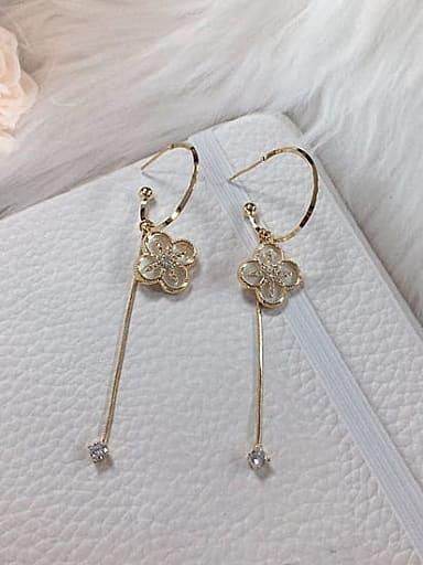 Brass Shell Clover Trend Threader Earring
