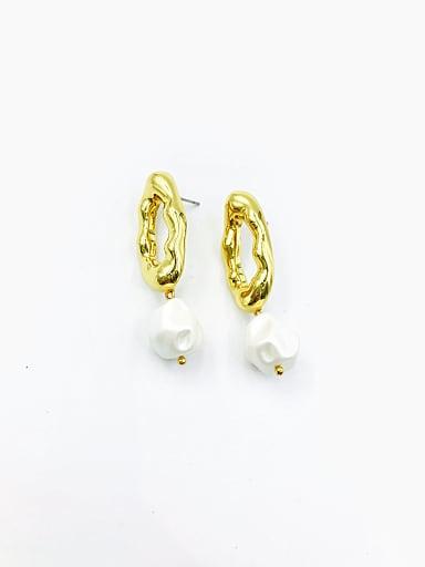 Zinc Alloy Imitation Pearl White Irregular Trend Drop Earring