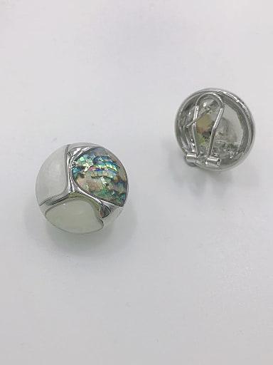 Zinc Alloy Shell Multi Color Irregular Classic Clip Earring