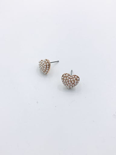 Zinc Alloy Imitation Pearl White Heart Cute Stud Earring