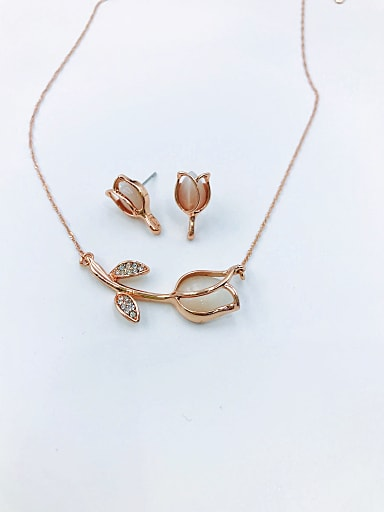 Dainty Flower Zinc Alloy Cats Eye White Earring and Necklace Set