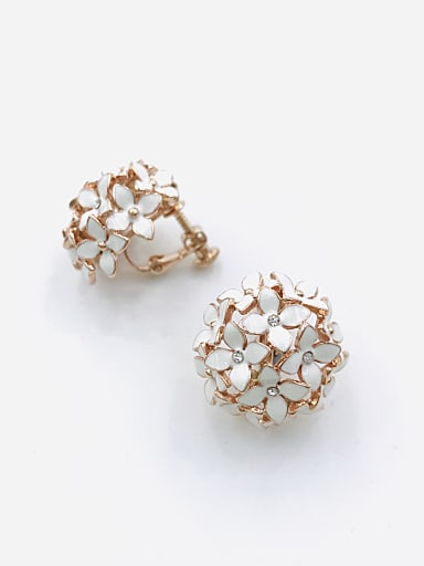 Zinc Alloy Rhinestone White Enamel Flower Trend Clip Earring