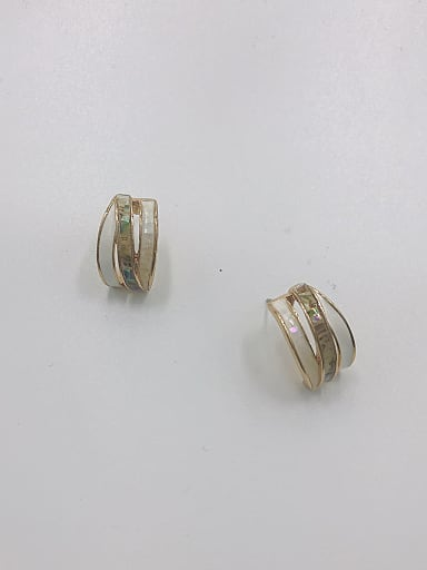 Zinc Alloy Shell Multi Color Irregular Minimalist Stud Earring