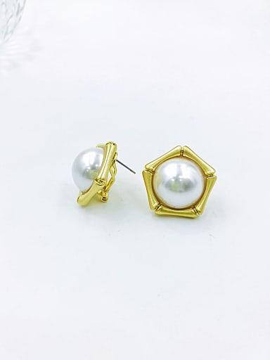 Zinc Alloy Imitation Pearl White Geometric Minimalist Clip Earring