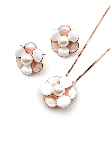 Trend Flower Zinc Alloy Shell White Enamel Earring and Necklace Set