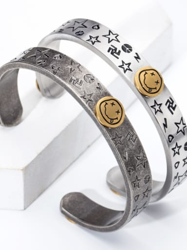 Stainless Steel With Personality Cartoon Smile Face Star Bracelet
