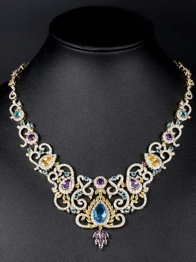 Copper inlaid zircon luxury atmosphere bride  necklace