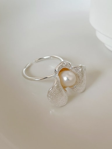 925 Sterling Silver Imitation Pearl Flower Vintage Band Ring