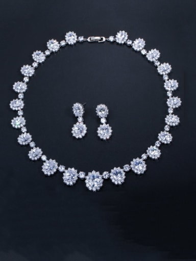 white Brass Cubic Zirconia  Luxury Geometric Earring and Necklace Set