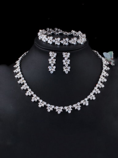 White (set of 3) Brass Cubic Zirconia Luxury Flower Earring Braclete and Necklace Set