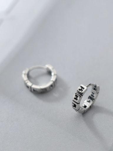 925 Sterling Silver Geometric Vintage Huggie Earring