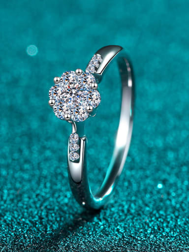 925 Sterling Silver White Flower Sidestone Ring