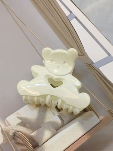 Bright white Alloy Resin Cute Panda Jaw Hair Claw