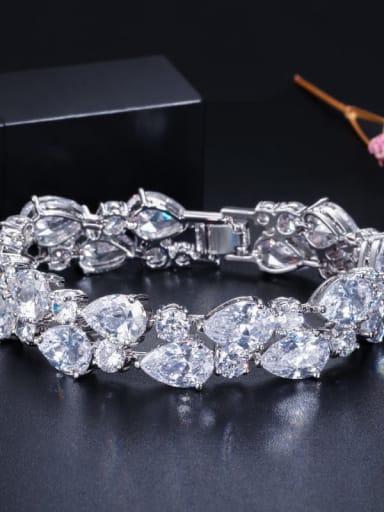 White 19cm Copper Cubic Zirconia Geometric Luxury Bracelet