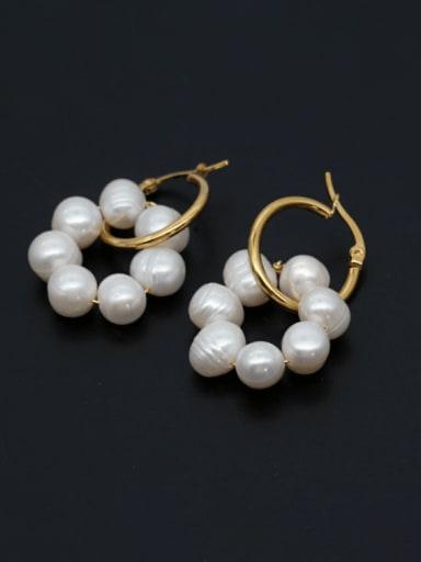 Stainless steel Freshwater Pearl Geometric Minimalist Huggie Earring