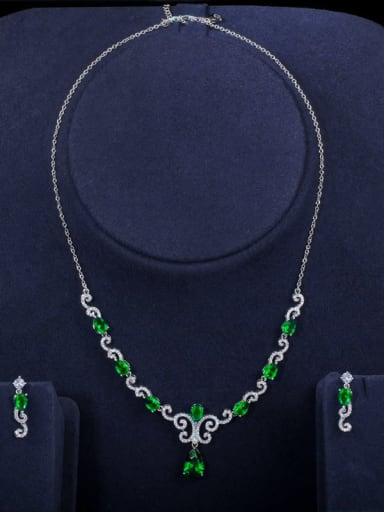 green Copper Cubic Zirconia Luxury Flower Earring and Necklace Set