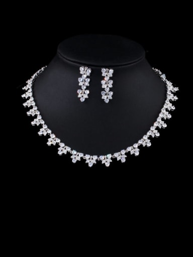 white Brass Cubic Zirconia Luxury Flower Earring and Necklace Set
