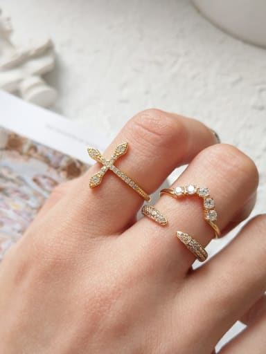925 Sterling Silver Cubic Zirconia  Cross Minimalist Midi Ring