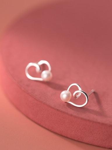 925 Sterling Silver Imitation Pearl Heart Minimalist Stud Earring