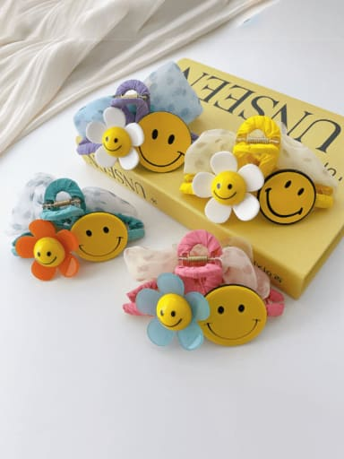 Alloy Resin Trend Cute Smiley  Flower Jaw Hair Claw