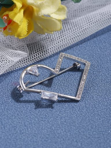 Plated real gold micro inlaid zircon Brooch love shape Brooch accessories