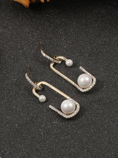 Brass Imitation Pearl White Irregular Minimalist Stud Earring