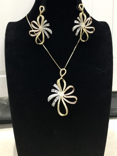 Dainty Flower Copper Cubic Zirconia White Earring and Necklace Set