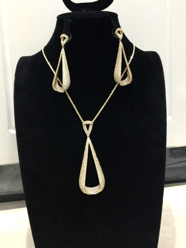 Classic Triangle Copper Cubic Zirconia White Earring and Necklace Set