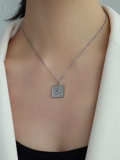 Stainless steel Flower Minimalist Necklace with e-coated waterproof