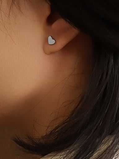 Steel Titanium 316L Stainless Steel Smooth Heart Minimalist Stud Earring with e-coated waterproof