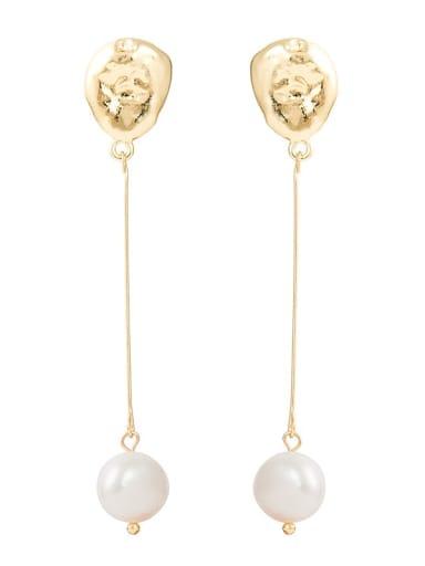 Natural freshwater pearl earrings