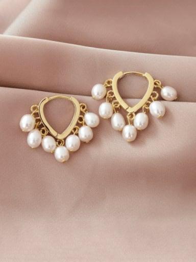 Brass Imitation Pearl Heart Minimalist Huggie Earring