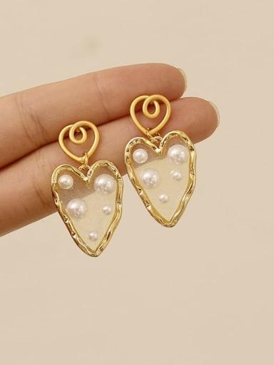 Brass Imitation Pearl Heart Vintage Chandelier Earring