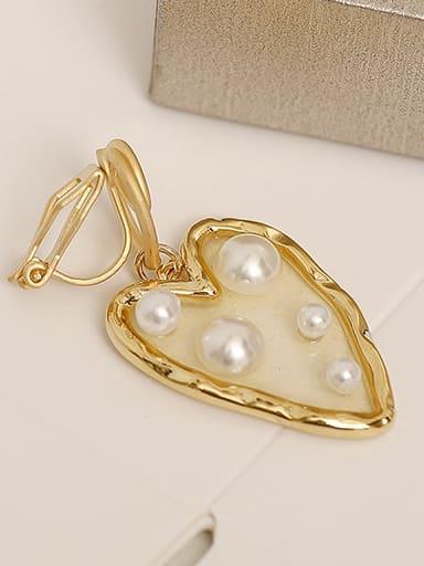 14K gold ear clip Brass Imitation Pearl Heart Vintage Chandelier Earring