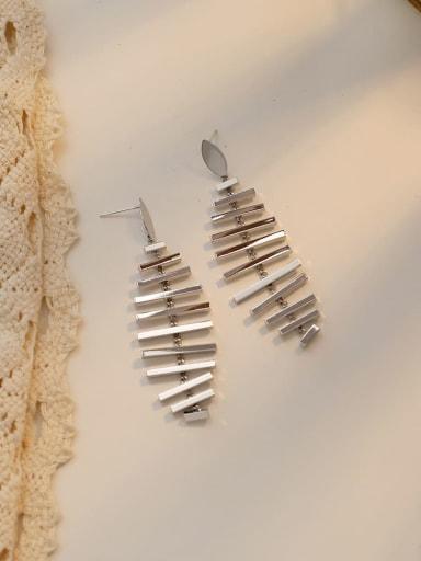 white k Copper G Minimalist Fish bone shape Chandelier Earring
