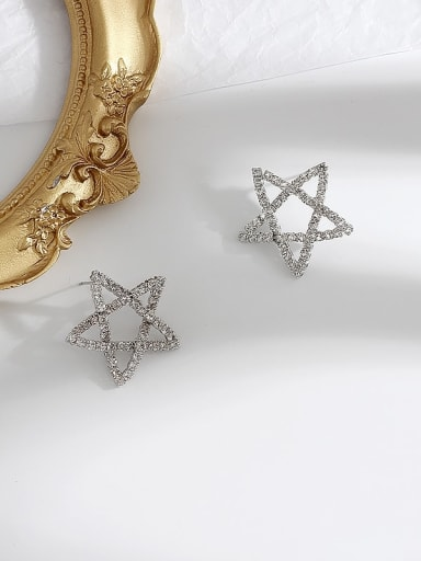white k Copper Rhinestone Star Minimalist Stud Earring