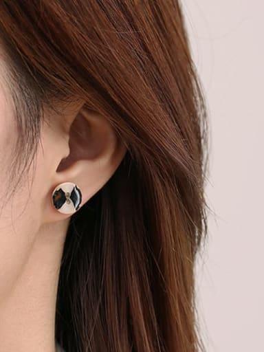 Patterned shell Brass Shell Irregular Vintage Stud Earring