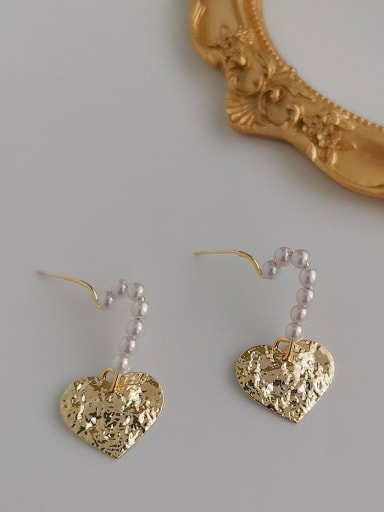 Alloy Freshwater Pearl Gold Heart Classic Earring