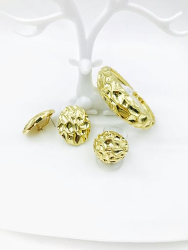 Gold Zinc Alloy Statement Irregular Ring Earring And Bracelet Set