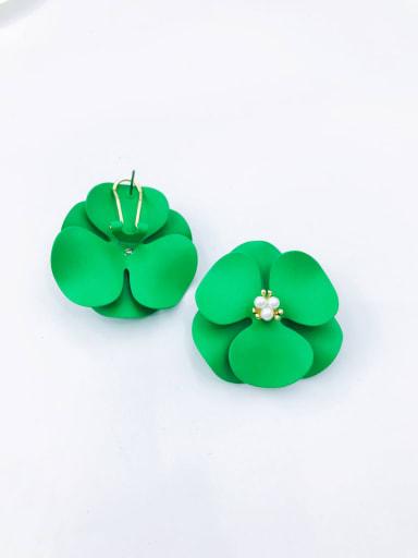 Green Zinc Alloy Imitation Pearl White Flower Statement Clip Earring