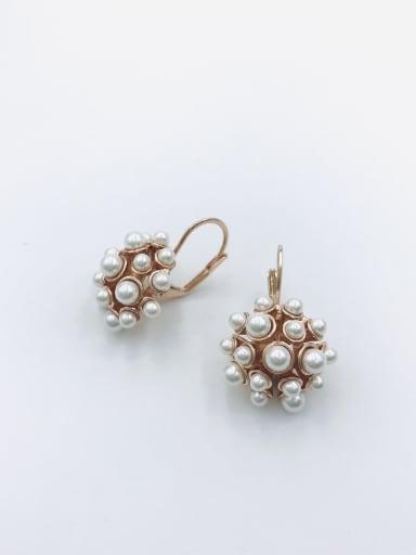 Rose Zinc Alloy Imitation Pearl White Irregular Trend Huggie Earring