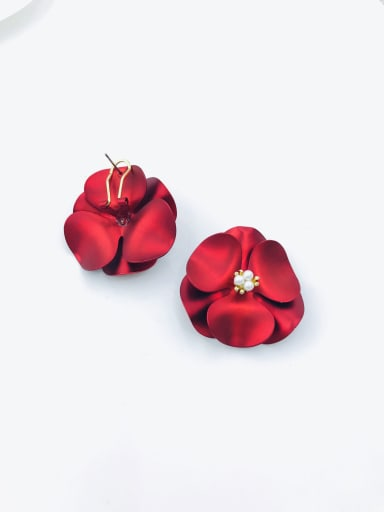 Red Zinc Alloy Imitation Pearl White Flower Statement Clip Earring