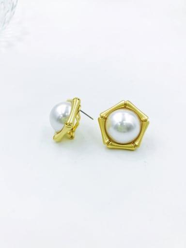 Gold Zinc Alloy Imitation Pearl White Geometric Minimalist Clip Earring