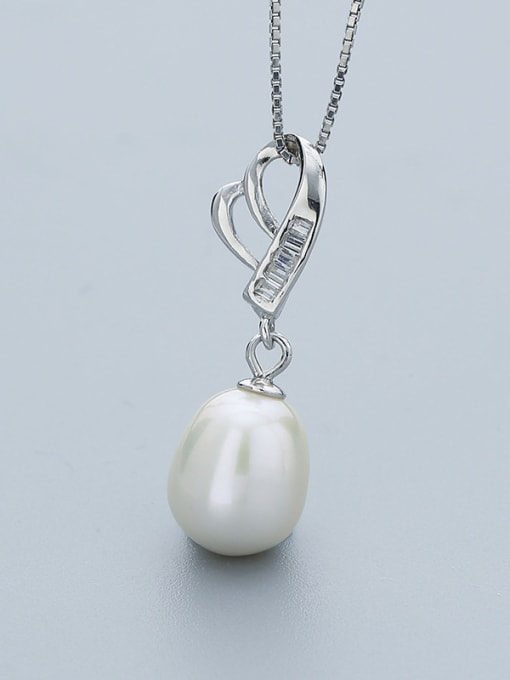 One Silver Temperament Heart Shaped Freshwater Pearl  Pendant 0