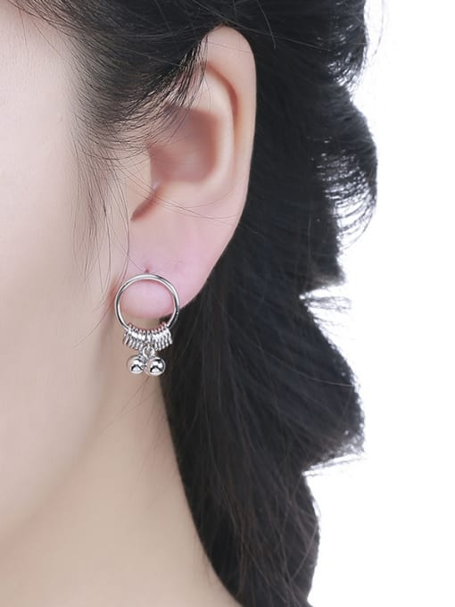 One Silver Fashionable Round Shaped stud Earring 1