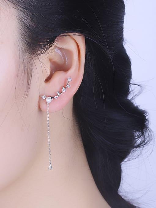 One Silver Women Asymmetrical Pearl Zircon threader earring 1